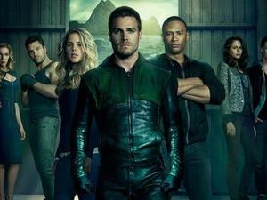 Arrow season 2 cast photo